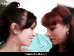 Redhead got fingered by brunette girlfriend