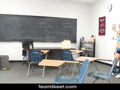 Sexy young bruntte loved hot fuck in the classroom